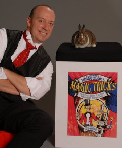 Magician Mike Lane